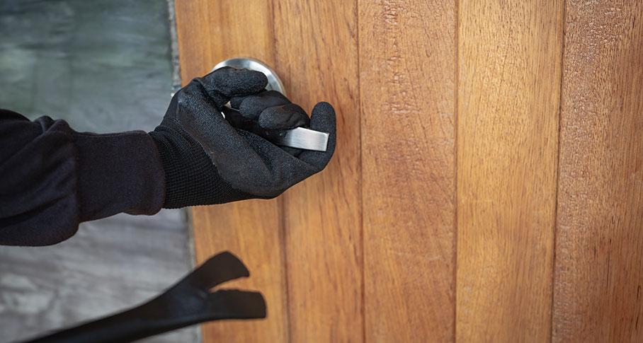 Skydda hemmet med hemlarm